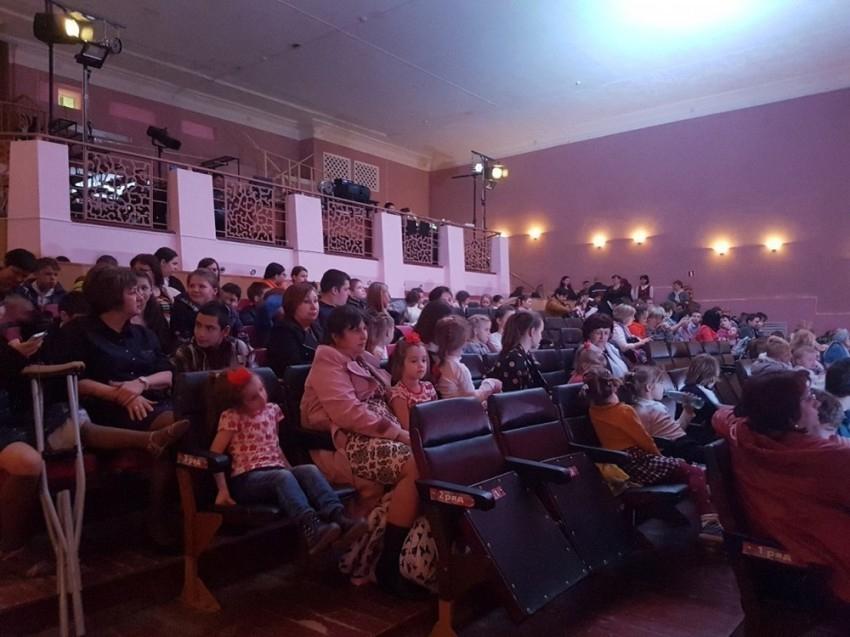 В Волгодонском театре появятся новые кресла и световое оборудование