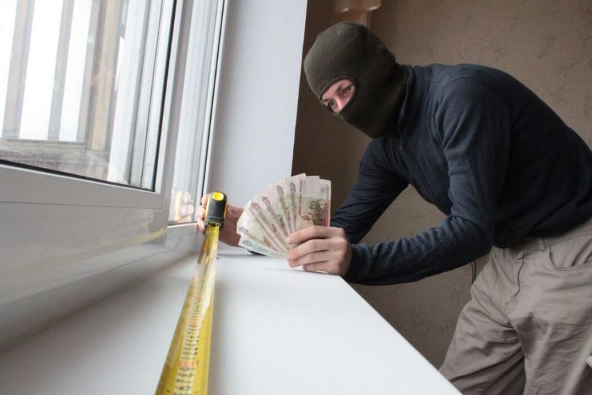 Подозреваемый вмошенничестве обманул «окнами повыгодной цене» 60 человек