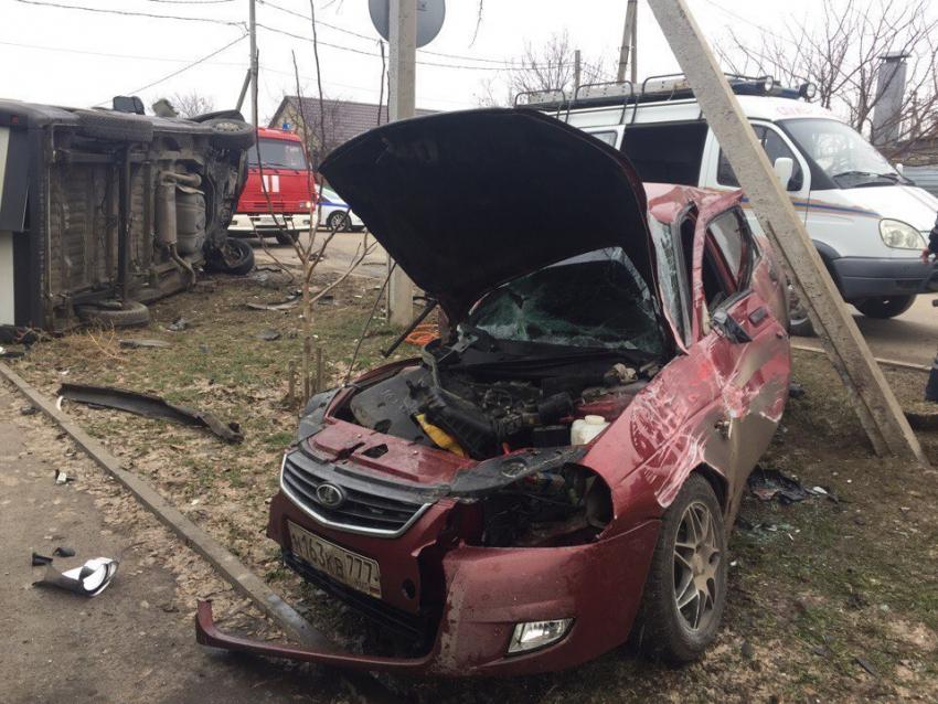 Водитель микроавтобуса разбился насмерть в жуткой аварии в Волгодонске