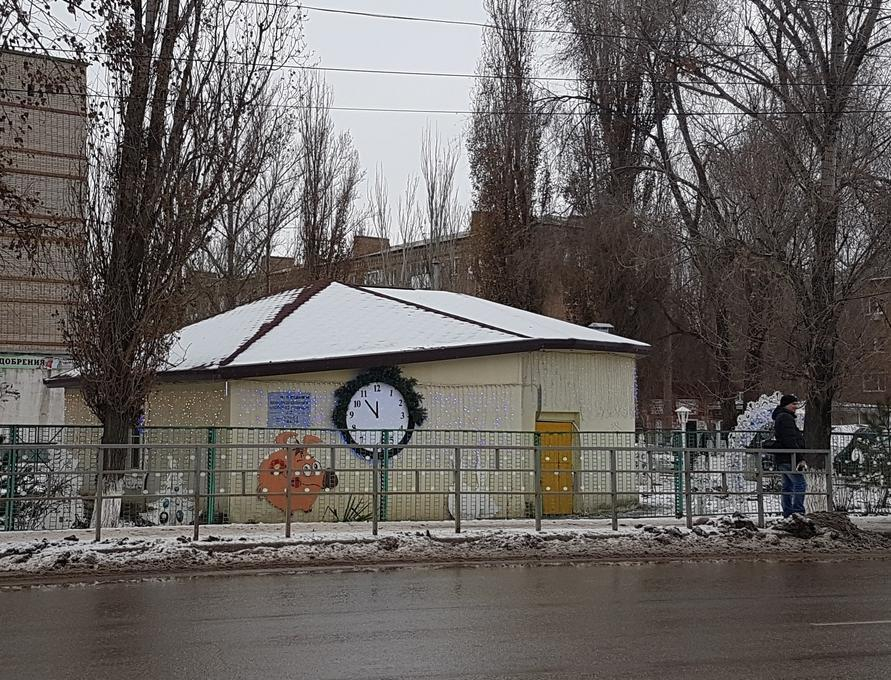 Волгодонск начали украшать к Новому году