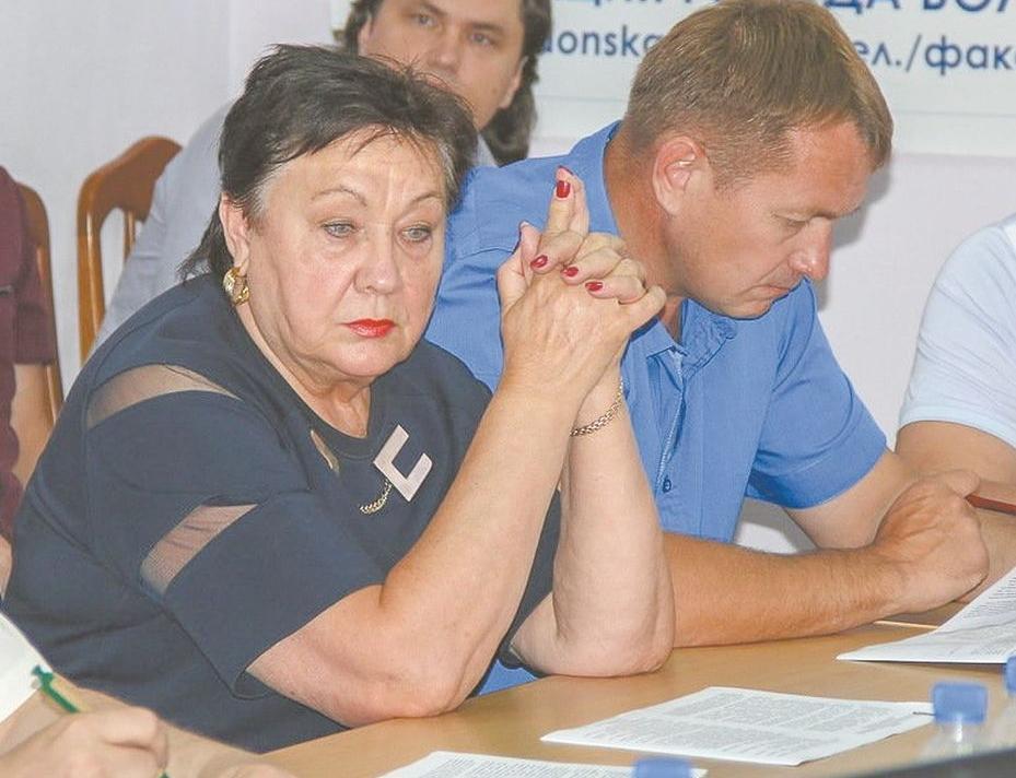 Место 72-летней Натальи Пушкаревой в Думе Волгодонска может занять ее внук