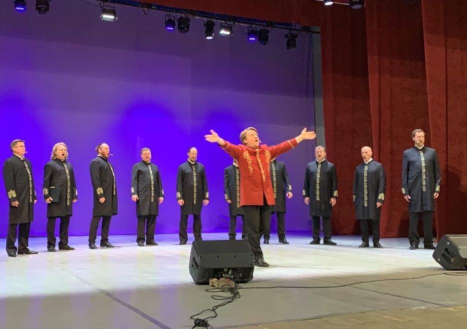 «До мурашек»: сотни волгодонцев побывали на концерте Хора Валаамского монастыря