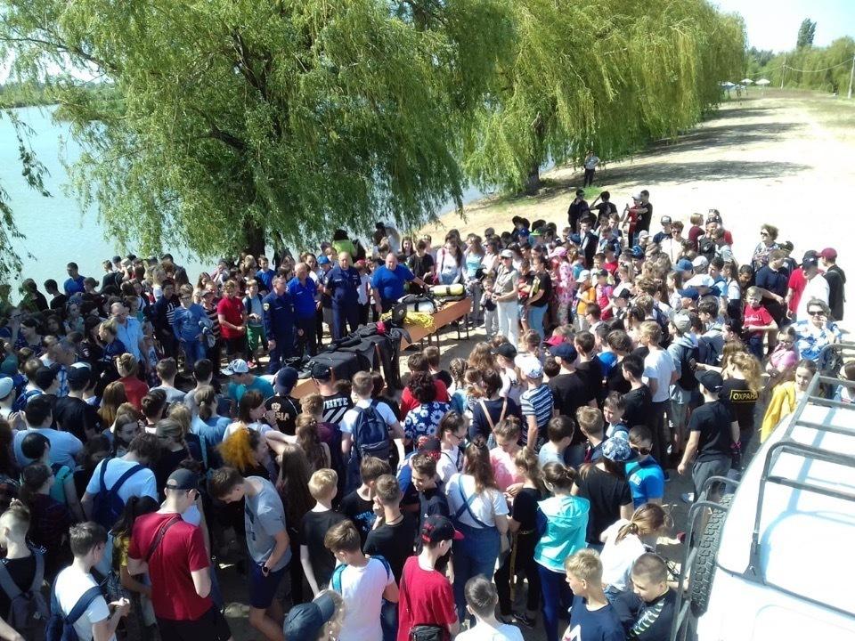 700 юных волгодонцев узнали правила поведения на воде
