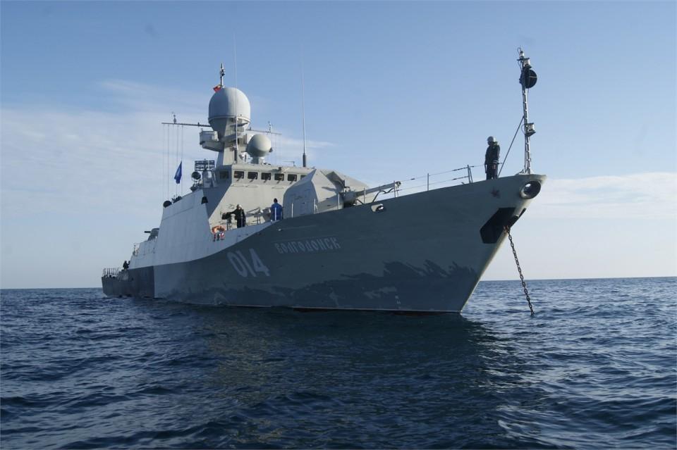 МАК «Волгодонск» отработал учение по борьбе за живучесть кораблей и эвакуации личного состава