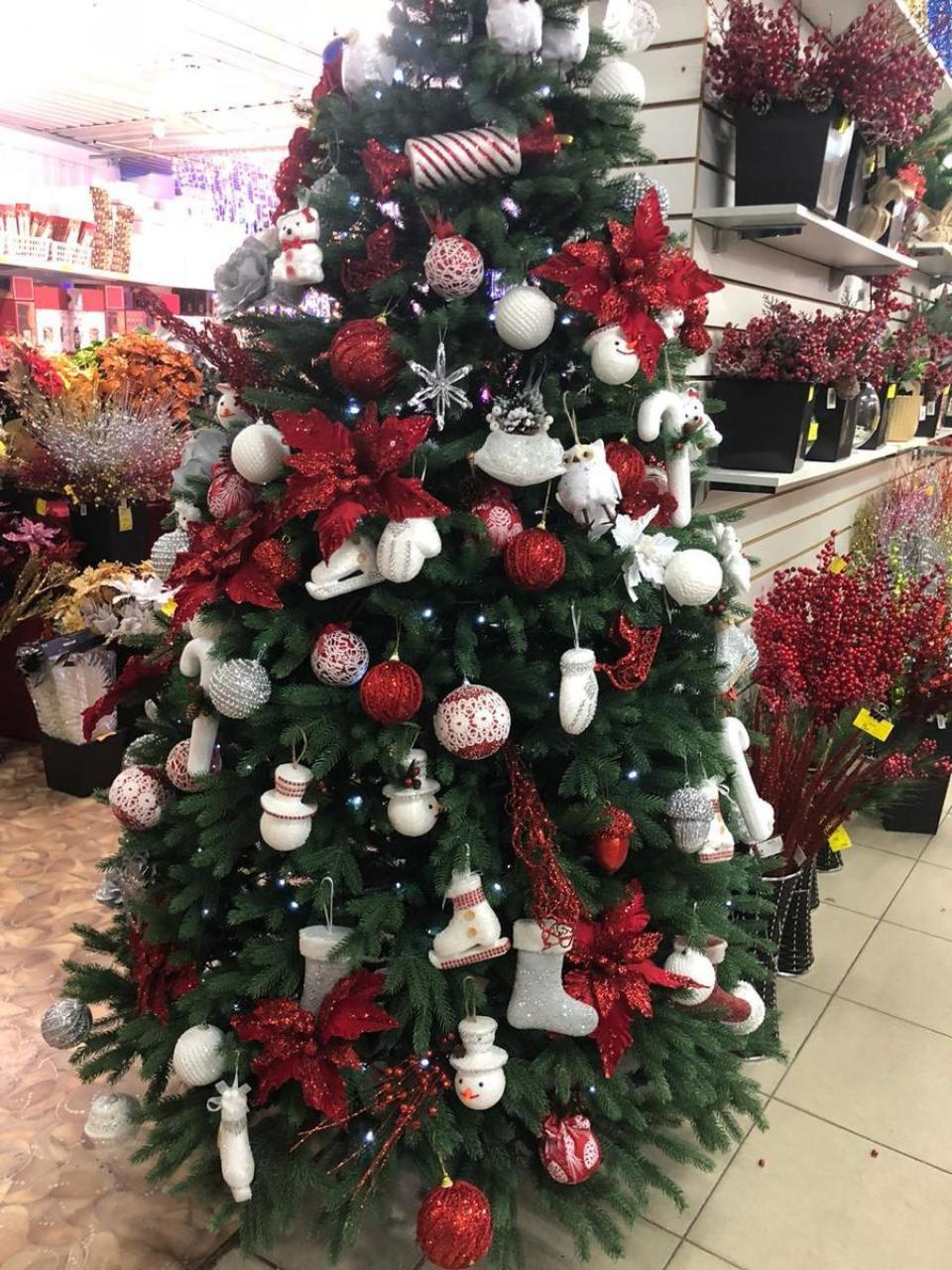 Новогодние украшения от «Главупак» в Волгодонске