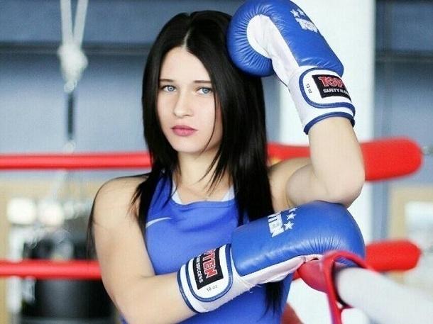 Двукратная чемпионка России по боксу из Волгодонска отправилась на отборочные соревнования Кубка России