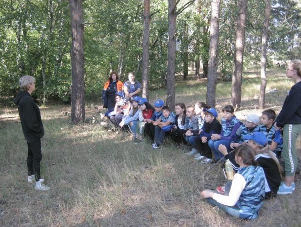 Волгодонские студенты – спасатели провели занятия на открытом воздухе