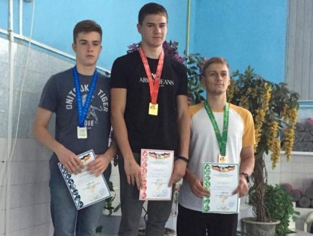 Волгодонские пловцы вернулись с медалями с областного чемпионата