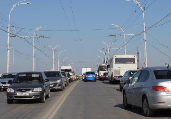 У каждого второго волгодонца есть машина, а средняя зарплата составляет 30 000 рублей