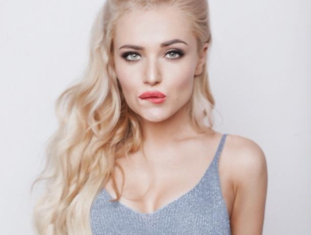 Экс-волгодончанка Саша Грекова обучает вокалу лучших участников проекта «Песни» на ТНТ