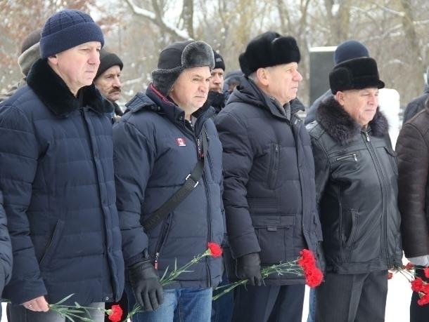 В Волгодонске почтили память воинов погибших на войне в Афганистане