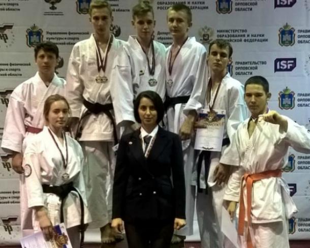 Волгодонские каратисты привезли призовые места со Всероссийской гимназиады