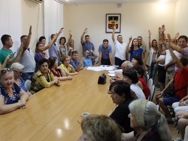 «Назад в 37-й год»: Волгодонцы отреагировали на навязывание единого мнения в Общественной палате