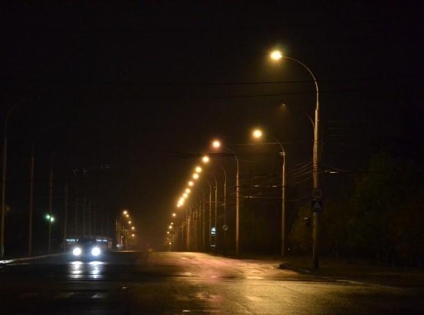В микрорайонах В-16 и В-У появится новое наружное освещение