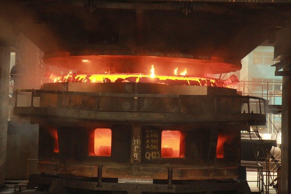 Страшно красивые кадры во время производства ядерного реактора сделали на Атоммаше в Волгодонске