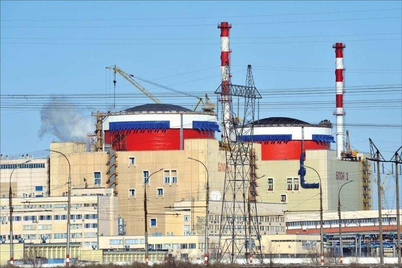 Волгодончанка поинтересовалась у главы администрации какую помощь атомная оказывает городу