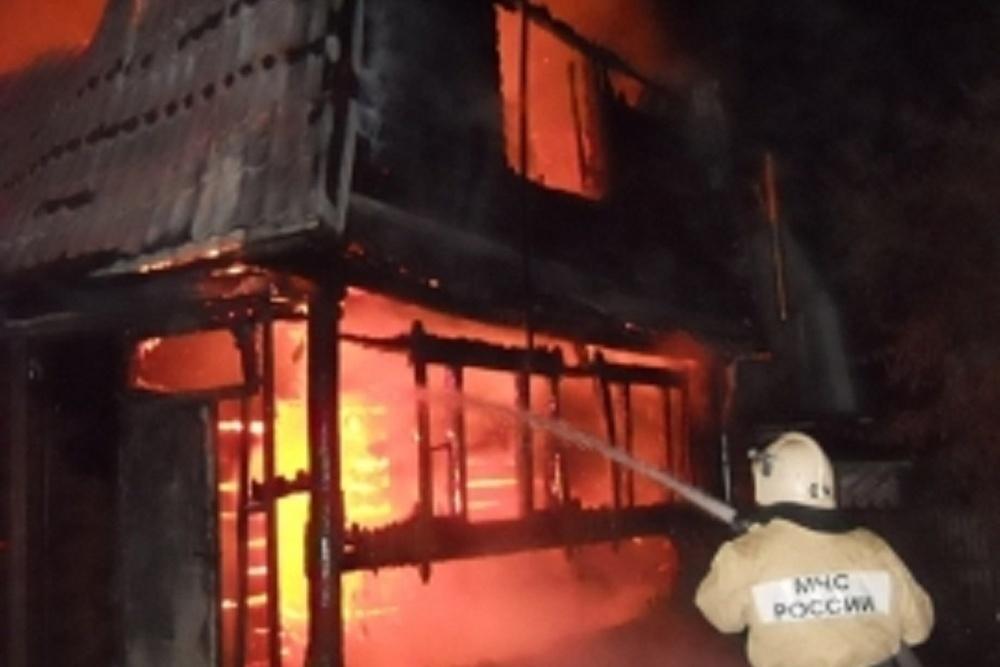 В канун Нового Года мужчина пострадал при пожаре в Волгодонске