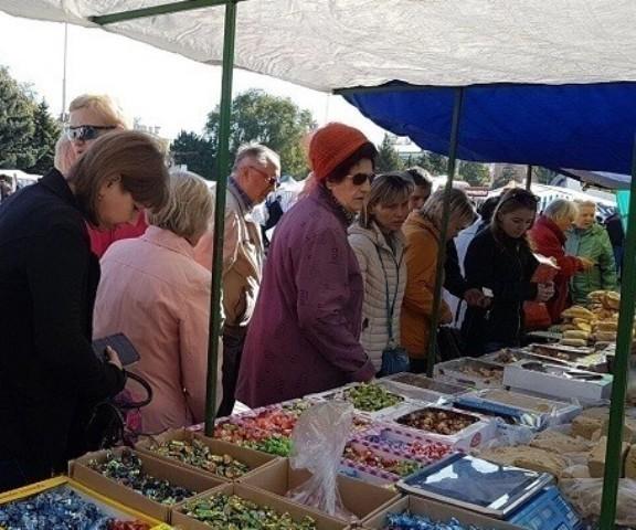 На площади Победы 29 сентября пройдет традиционная ярмарочная торговля
