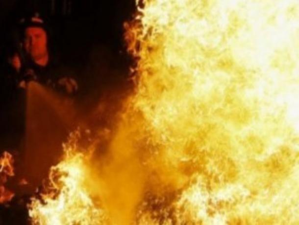 Частный дом сгорел в Волгодонском районе