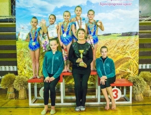 Волгодонские гимнастки завоевали «серебро» на областных соревнованиях