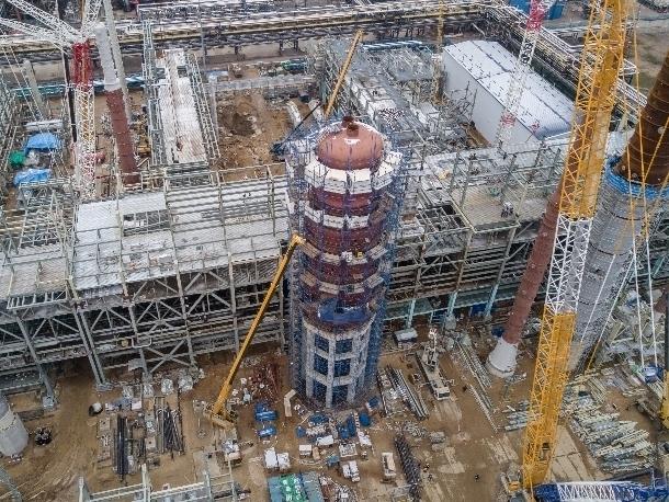 Уникальную гигантскую колонну, изготовленную в Волгодонске, установили на Московском НПЗ